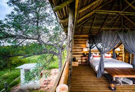 456-africa-on-foot-safari-experience1.jpg