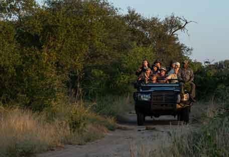 456-africa-on-foot-safari-experience6.jpg
