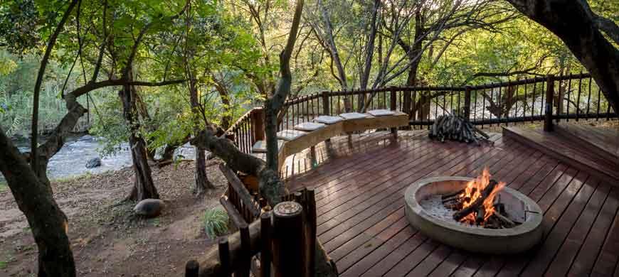 The-Island-River-Lodge-safari-moments2.jpg