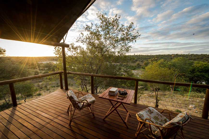 Ivory-wilderness-balcony-room-wide3.jpg
