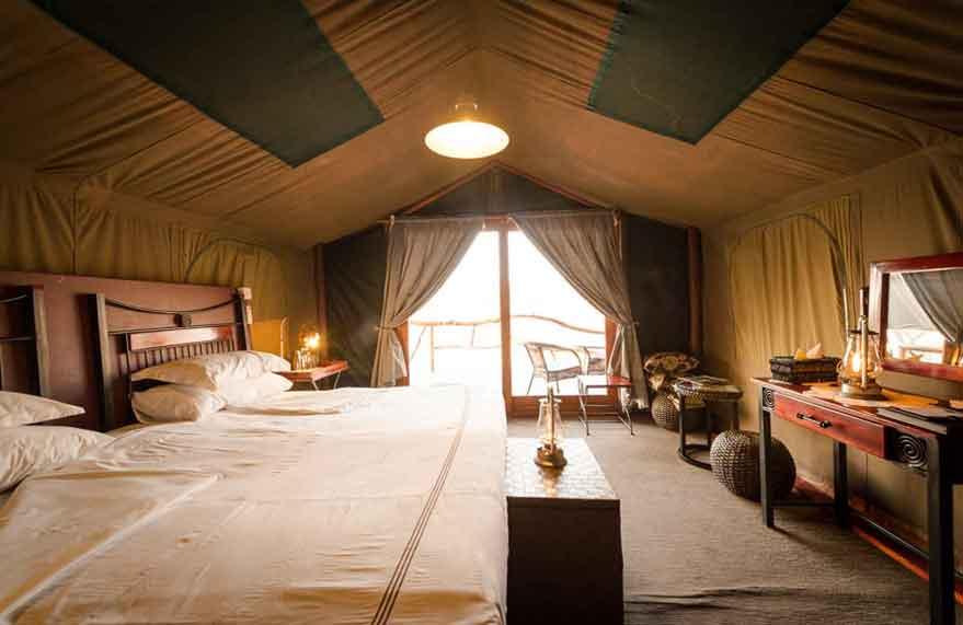 camp-savuti-accommodation-wide1.jpg