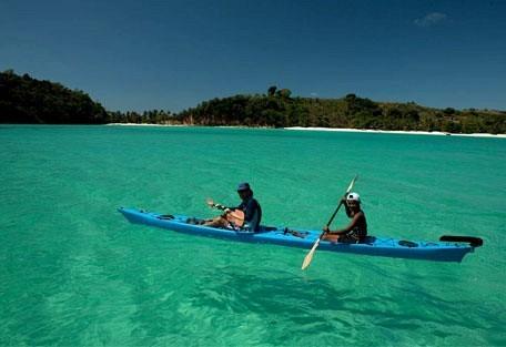 456_madagascar_kayak.jpg