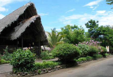 456_nosybe_bungalow.jpg