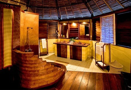 456e_nosyiranja_bathroom.jpg