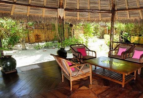 456g_nosyiranja_lounge.jpg