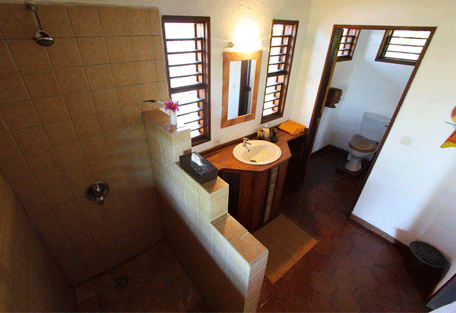 456_sakatia_bathroom.jpg