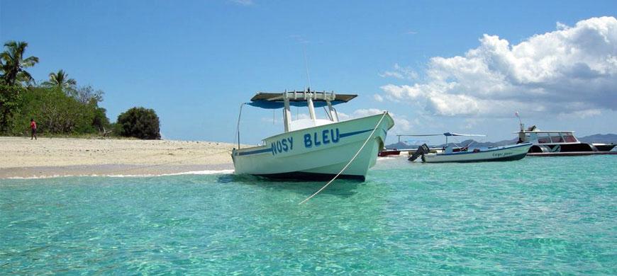 870_madagascar_boat.jpg