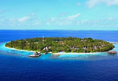 456a_bandos-island-resort_aerial-view.jpg