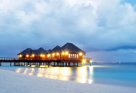 456b_bandos-island-resort_exterior.jpg