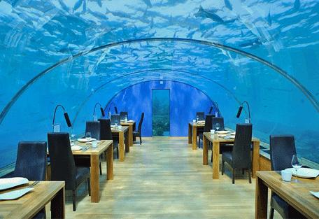 456f_bandos-island-resort_restaurant.jpg