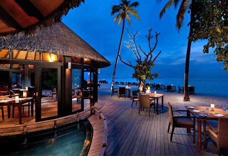 456f_hilton-maldives-iru-fushi_deck2.jpg