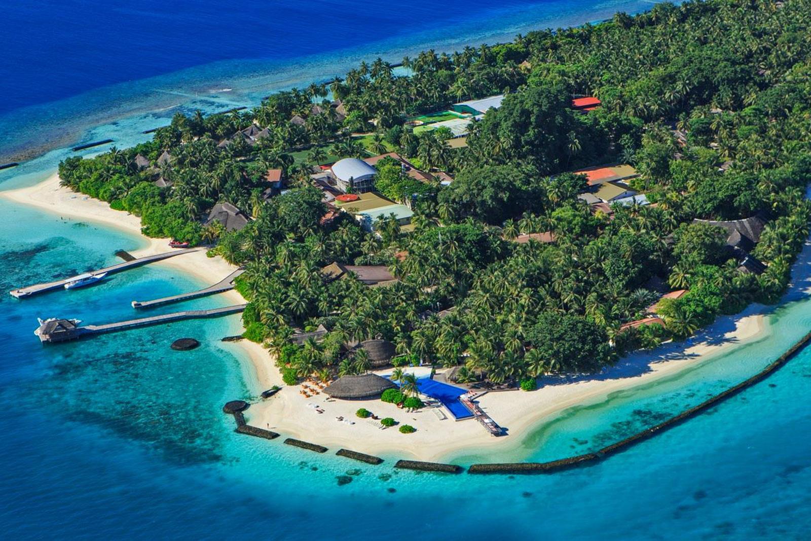 Lagoon Island Resort Uganda