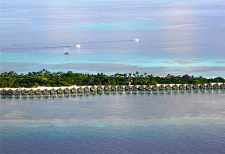 456b_kuredu-island-resort_sangu-water-villas.jpg
