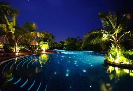 456l_manafaru-beach-house_pool.jpg