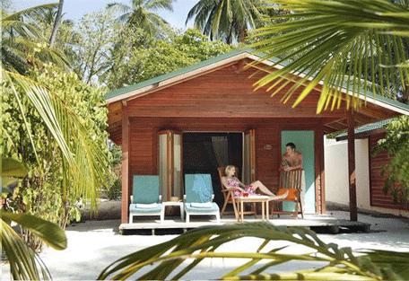 456f_meeru-island-resort_jacuzzi-villa-exterior.jpg