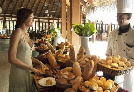 456j_meeru-island-resort_restaurant.jpg