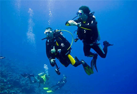 456q_meeru-island-resort_diving.jpg