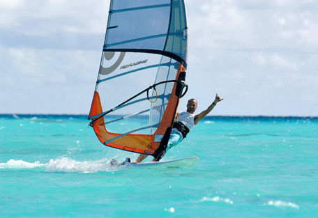 456i_olhuveli-beach_wind-surfing.jpg