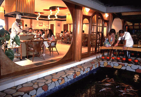 456g_paradise-island_dining.jpg