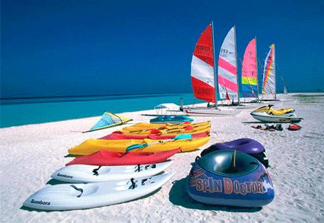 456i_paradise-island_watersports.jpg