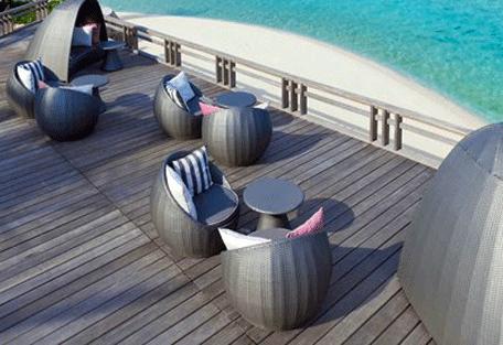 456f_velassaru-beach_deck.jpg