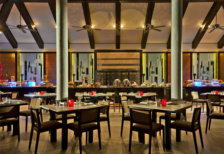 456h_velassaru-beach_restaurant.jpg