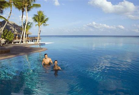 456k_veligandu-island_pool.jpg