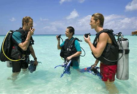 456q_veligandu-island_diving.jpg