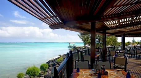 03-dining-with-a-view.jpg