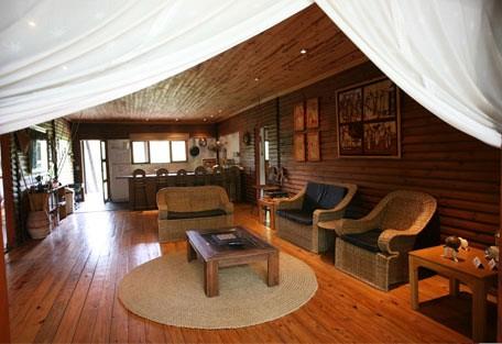 870e_villa-nbanga_lounge.jpg