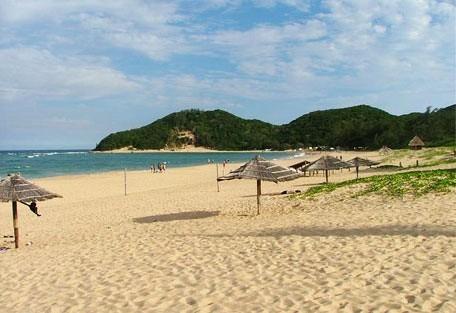 456_pontadouro_beach.jpg