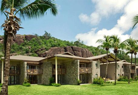 456a_kempinski-seychelles-resort_room-court.jpg
