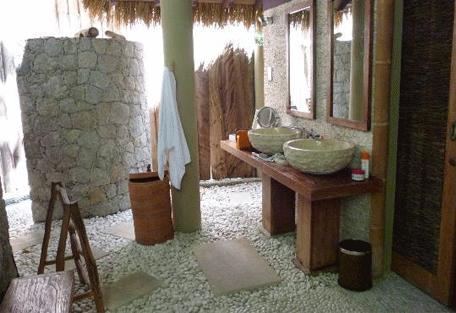 456c_le-domaine_bathroom.jpg