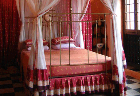 456h_236-hurumzi_the-peace-of-love-wing_bedroom.jpg