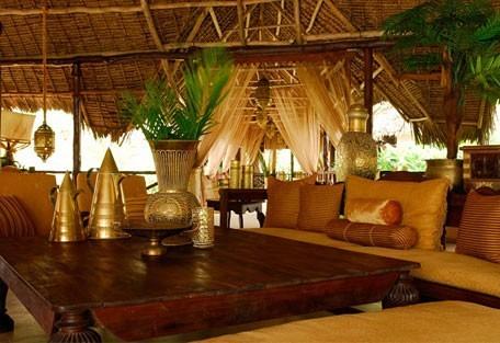 456d_breezesbeachclub_lounge.jpg