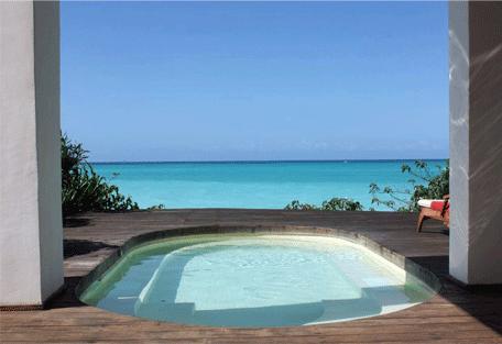 456e_essque-residences-zalu_bahari-villa_pool.jpg