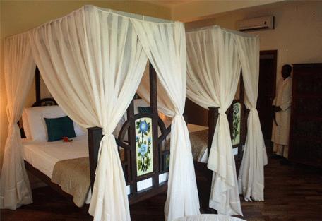 456l_essque-residences-zalu_wimba-villa_bedroom.jpg