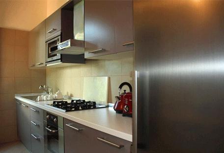 456n_essque-residences-zalu_wimba-villa_kitchen.jpg