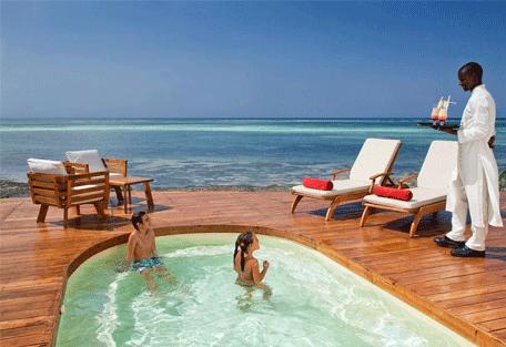 456o_essque-residences-zalu_wimba-villa_pool.jpg
