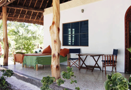 456_pongwe_veranda.jpg