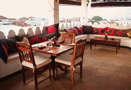 456e_swahili-house_lounge2.jpg