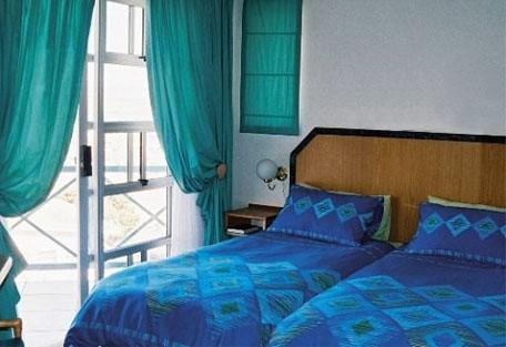 456c_seaview_room.jpg
