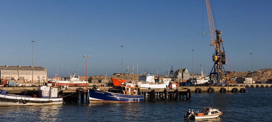 870_luderitz_harbour.jpg