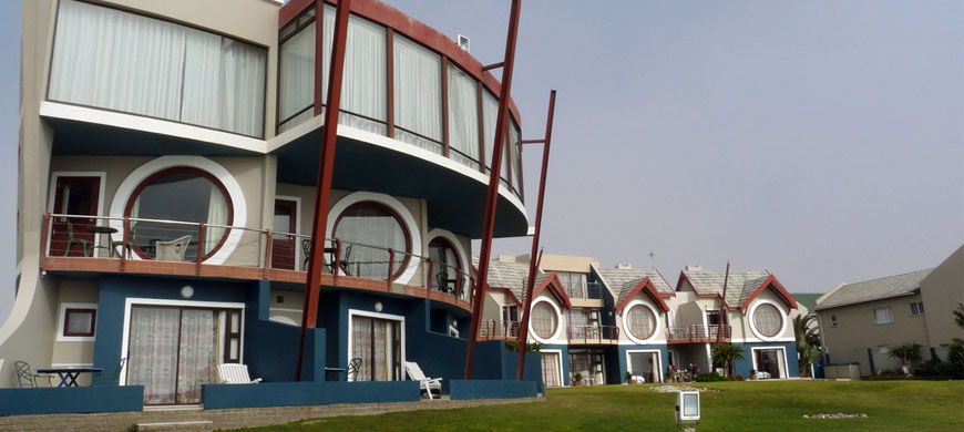 870_beachlodge_exterior.jpg