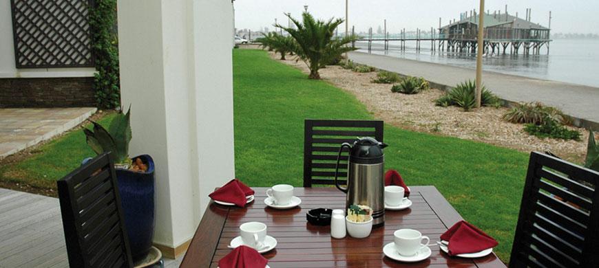 870_pelicanbay_coffee.jpg