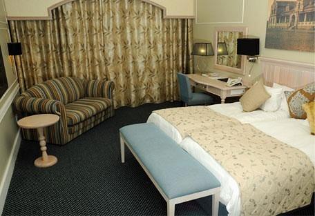 456c_swakophotel_room.jpg