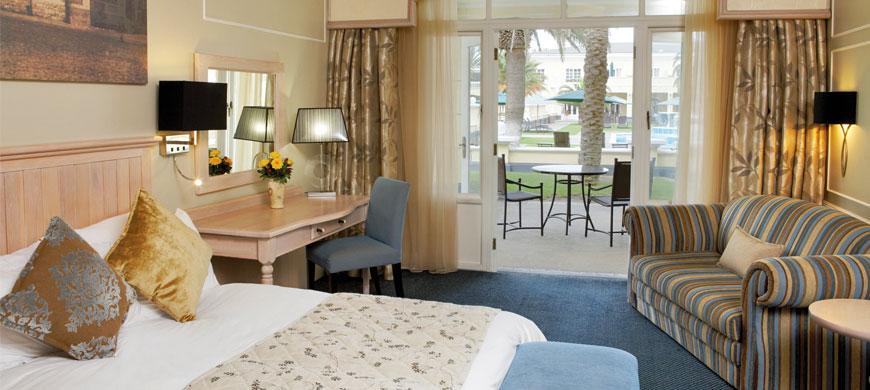 870_swakophotel_suite.jpg