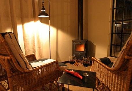 456e_olivegrove_fireplace.jpg