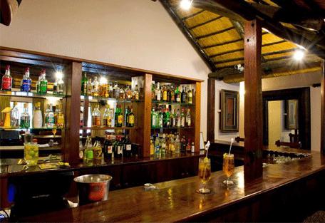 456k_country-manor_pub.jpg