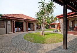456a_singa_courtyard.jpg
